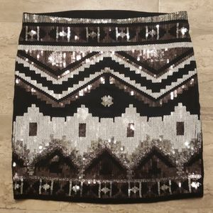 EXPRESS Black & White Sequin Stretch Skirt Size Sm